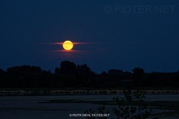 Wschód księżyca w Smoszewie