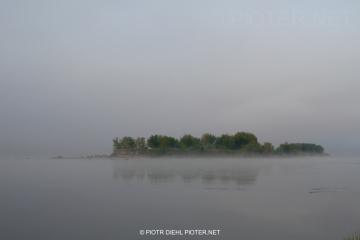 Mglisty poranek w Smoszewie